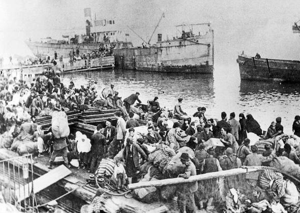 Πρόσφυγες Ιουλίου 1922 - Είσοδος